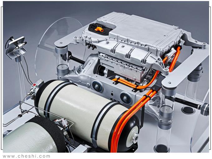 宝马X5新车型配氢燃料电池/与丰田共同研发-图6