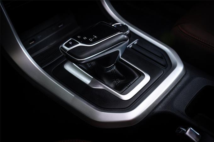 上汽T70全新8AT车型本月上市高清实拍图抢先曝光-图4