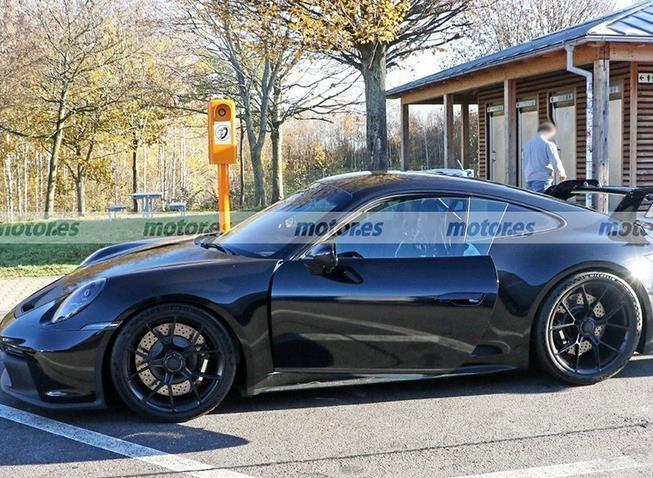 保时捷911 GT3路试谍照 搭4.0L发动机/中置排气-图2