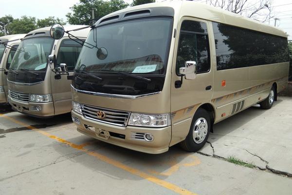 18丰田考斯特降价促销 豪华客舱全新改装-图2