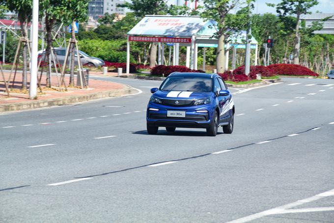 高性价比的城市纯电SUV,东莞试驾枫叶30X-图12