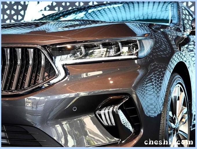 起亚新中型车曝光 配奥迪A8同款尾灯PK宝马3系-图3