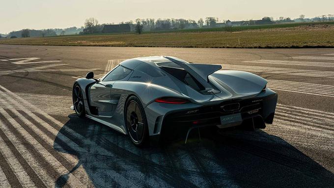 四款极速超400km/h的超级跑车 功率均超千匹-图5