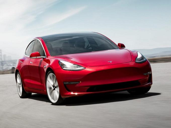 特斯拉Model 3最快明年3月投产 一期产能15万台-图1
