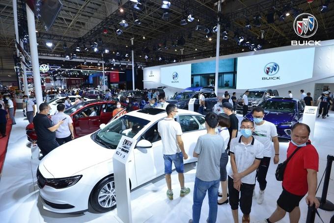 全新一代别克GL8 Avenir上市 售价45.99-52.99万元-图6