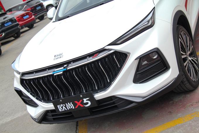 11月1日正式上市,长安欧尚X5东莞到店实拍-图4