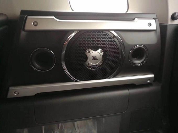 18款丰田FJ酷路泽49万起售 经典越野鼻祖-图7