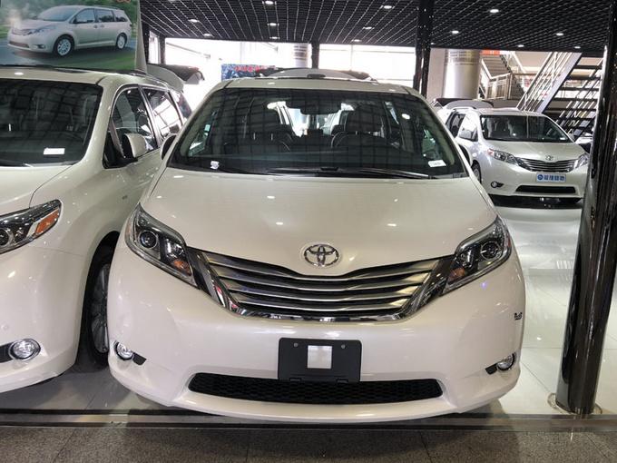 丰田塞纳LTD四驱 七座顶配商务促销价格-图2