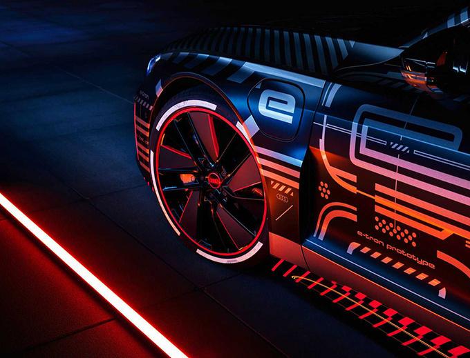 奥迪RS e-tron GT原型车官图 搭3电机/3秒内破百-图5