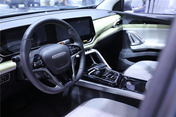 上汽皮卡NEW亮相北京车展科技化/双涡轮是亮点-图5
