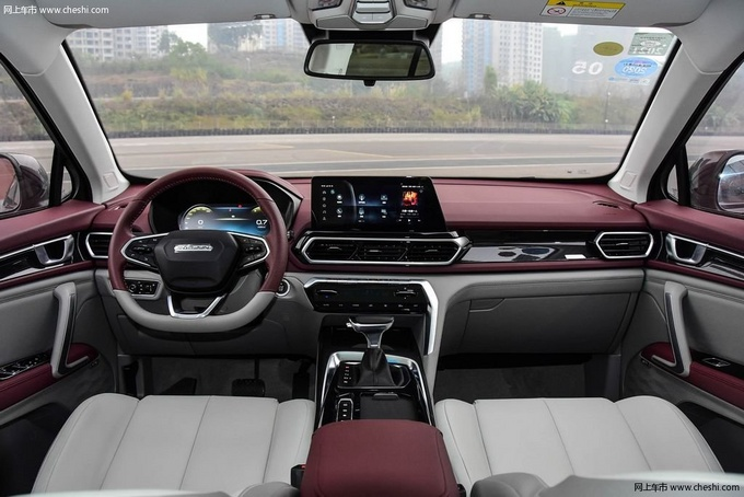 想要全景天窗的SUV 最低不到8万元就能拥有-图10