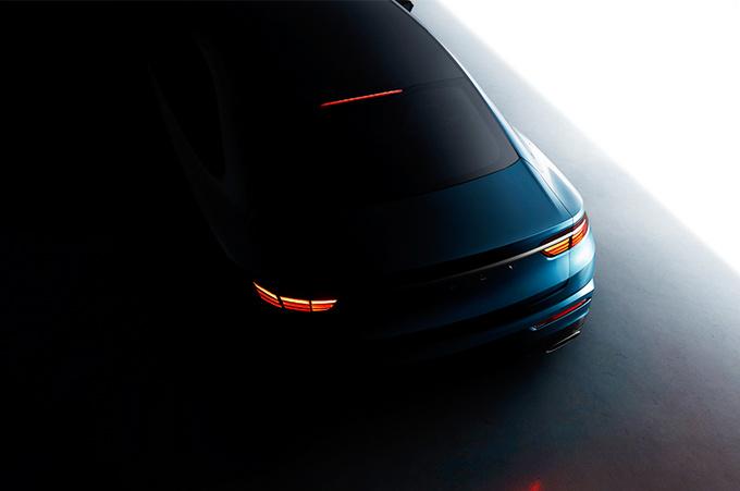 吉利高端轿车实拍 最快7月公布中文名-2.0T动力-图3