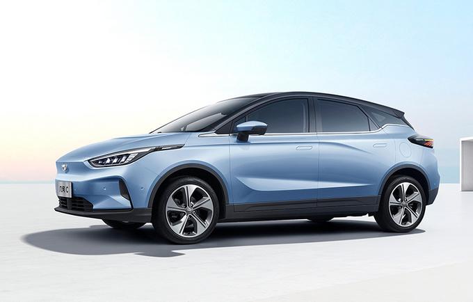 几何C纯电动跨界SUV实拍图 有望于三季度上市-图1