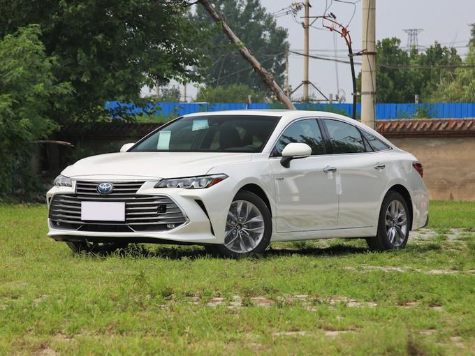 丰田将推出插电混动版亚洲龙 百公里油耗或低至2L-图1