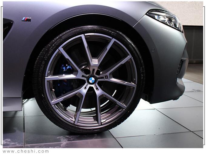 宝马全新8系到店实拍 4.4T引擎/轴距超奔驰GT63-图6