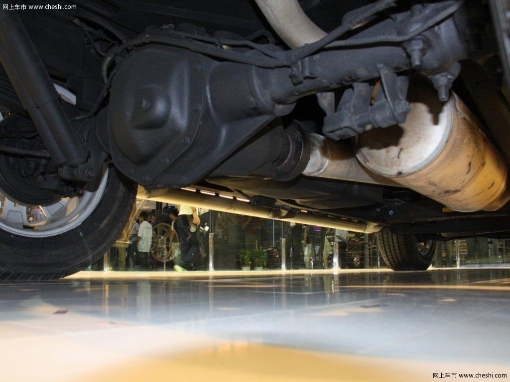 悍马H3动力底盘高清图片 1 2 网上车市 大图高清图片