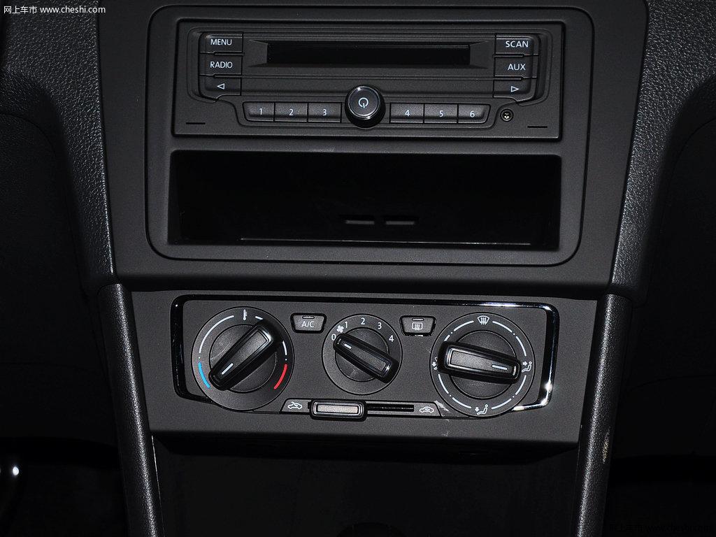 桑塔纳 2013款 1.6l 自动风尚版中控方向盘高清图片