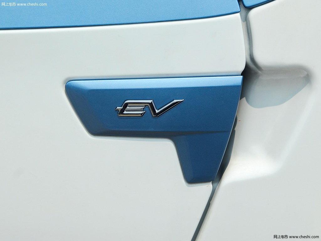 众泰E200 图片