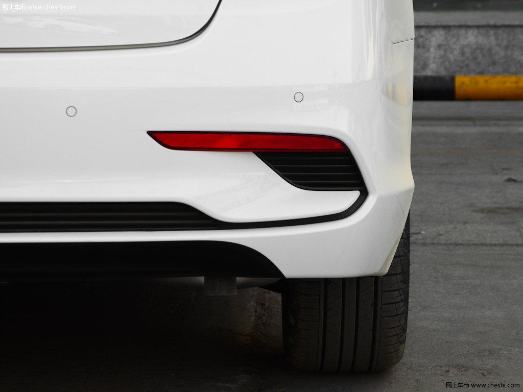 名图2017款 1.8l自动智能型gls外观细节图片(7/19)_车