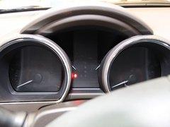 广汽丰田  汉兰达 2.7 AT 方向盘后方仪表盘