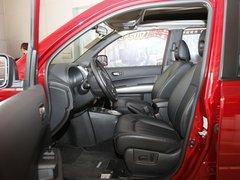 东风日产  奇骏 2.5L CVT 驾驶席座椅正视图