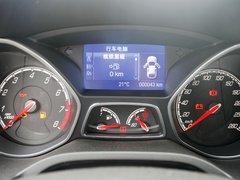 福特(进口)  ST 2.0T 手动 方向盘后方仪表盘