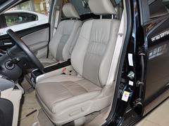 广汽本田  2.4L 自动 驾驶席座椅前45度视图