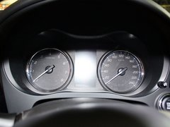 三菱(进口)  2.4L CVT 方向盘后方仪表盘