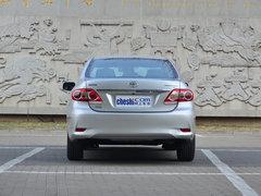 一汽丰田  1.8GL-i CVT 车辆正后方尾部视角