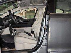 东风雪铁龙  三厢 1.6L 自动 驾驶席座椅正视图