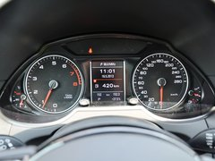 一汽奥迪  40 TFSI quattro 方向盘后方仪表盘