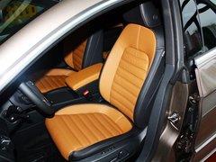 一汽-大众  1.8TSI DSG 驾驶席座椅前45度视图