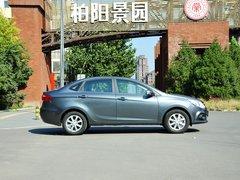 江淮汽车  1.5L MT 车辆正右侧