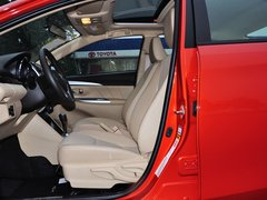 一汽丰田  1.5L 自动 驾驶席座椅正视图