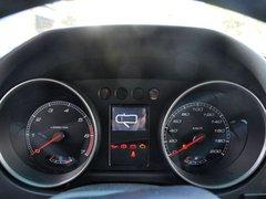 北京汽车  2.4L 手动 方向盘后方仪表盘