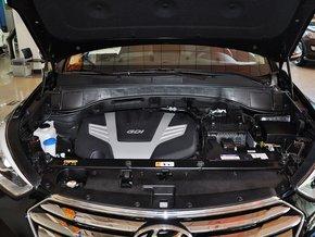 现代(进口)  3.0L 自动 发动机局部特写