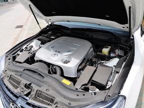 一汽丰田  2.5S 自动 发动机主体特写