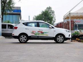 江淮汽车  2.0T 手动 车辆正右侧