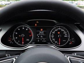 一汽奥迪  35 TFSI 自动 方向盘后方仪表盘