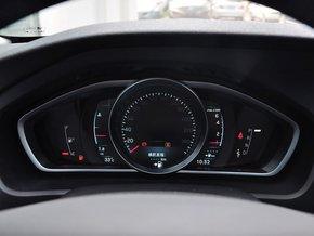 沃尔沃(进口)  1.6T 自动 方向盘后方仪表盘