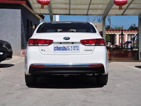 东风悦达起亚  1.8L 自动 车辆正后方尾部视角