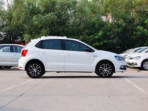 上汽大众  1.6L 自动 车辆正右侧