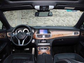 款完美融合跑车与轿车双重优势的豪华轿跑车,   奔驰   cls 高清图片