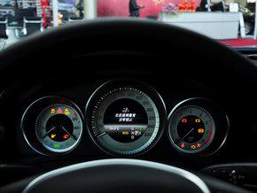 奔驰(进口) e260 coupe 方向盘后方仪表盘图片