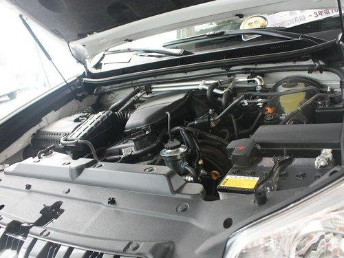 丰田(进口)  普拉多 2.7 AT 发动机局部特写