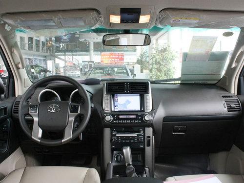 丰田(进口)  普拉多 2.7 AT 中控台整体