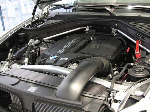 宝马(进口)  X5 xDrive35i 发动机局部特写
