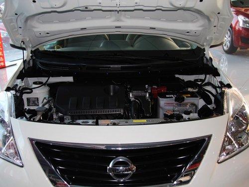 东风日产  1.5L CVT 发动机局部特写