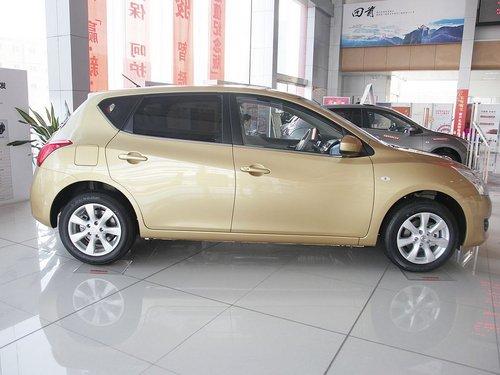 东风日产  新骐达 1.6 CVT 车辆正右侧