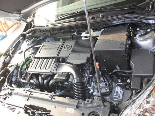 长安马自达  1.6 自动 发动机主体特写